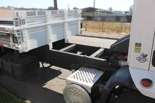 truck cargo 1933 6x2 carroceria = 19330 19320 320 vm