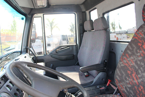 truck iveco eurocargo caçamba basculante 12 metros
