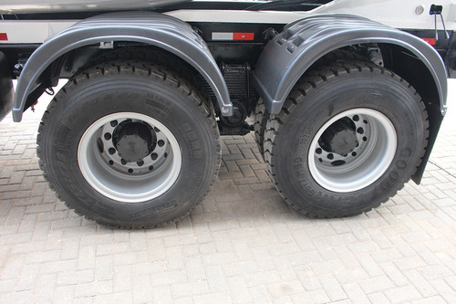 truck mb 2423 09/09 6x4 betoneira 8m³ = ford vw mb
