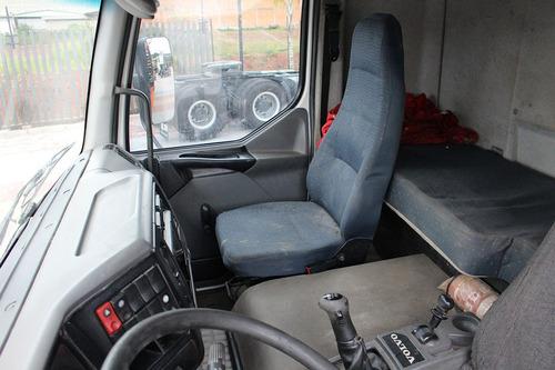 truck vm 240 2005 6x2 munck 35000 carroceria
