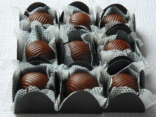 trufas, brigadeiros gourmet e chocolates