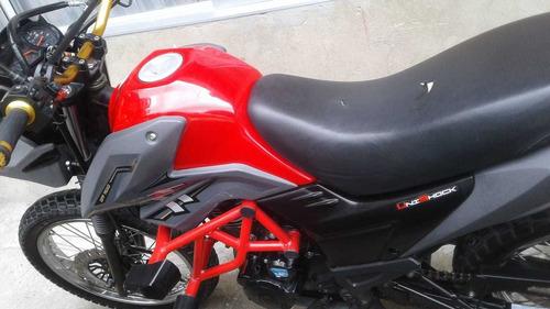 ttr 125 modelo 2020 roja en excelentes condiciones