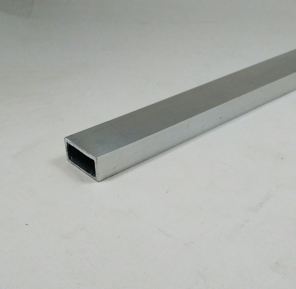 Tubo aluminio retangular 2 54cm x 1 27cm x 1 58mm c 1mt - Tubo de aluminio ...