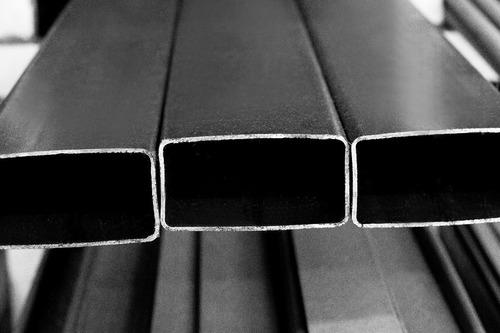 tubo estructural rectangular 50 x 25 x 1,6mm - 6 mts.