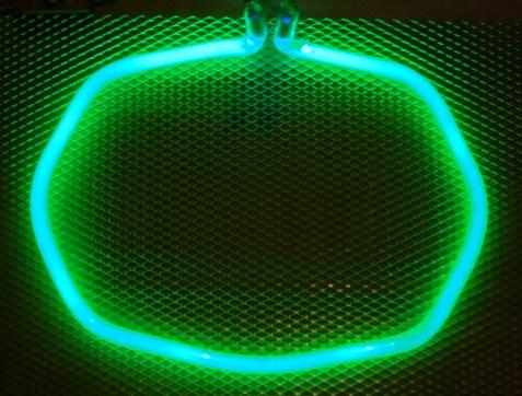 tubos de neon circulares ojos de angel y lineales