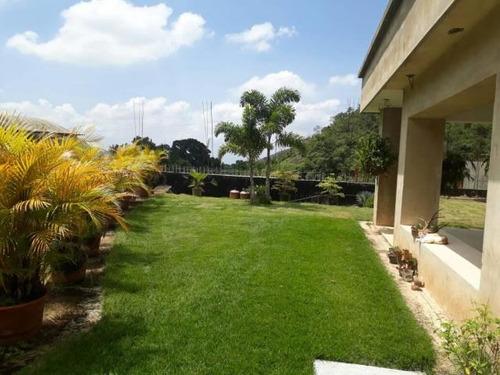 tucanalinmobiliario vende terreno en el castaño 18-15981 mv