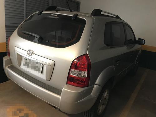 tucson 2010 gl 2.0 manual, ar condicionado, pneus semi-novos
