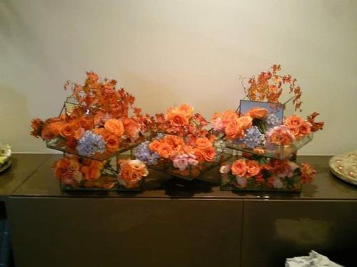 tudo em flores naturais?