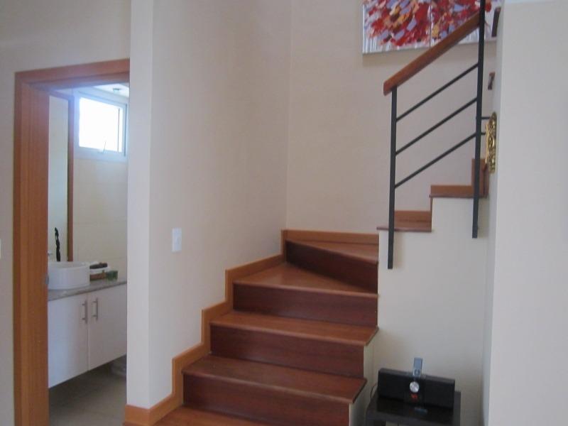 tumbaco-venta casa 3 dormitorios +cuarto de servicio+patio