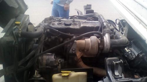 turbo de carga (3.5), npr modelo 1993 en buen estado.