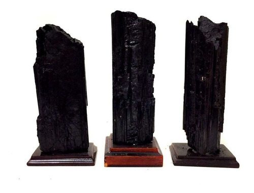 turmalina negra bruta natural base madeira proteção 430g 350