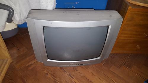 tv grundig usado. . .