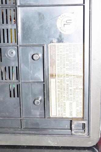 tv portatil quasar made in japan  a;o 1978