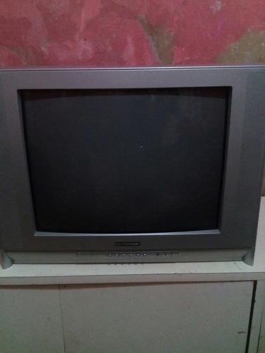 tv premier pantalla plana en buen estado
