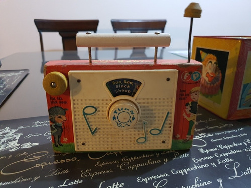 tv-radio vintage fisher price