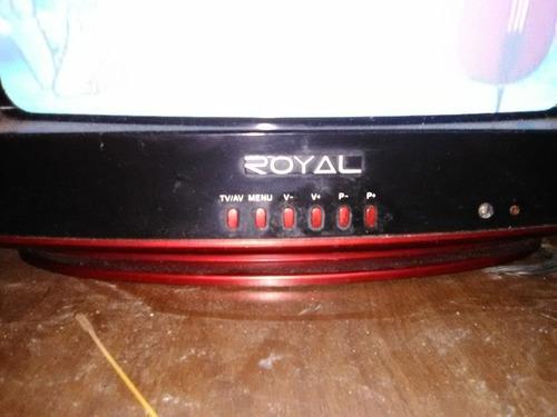 tv royal, en perfecto estado funcional, negociable 45vrrd