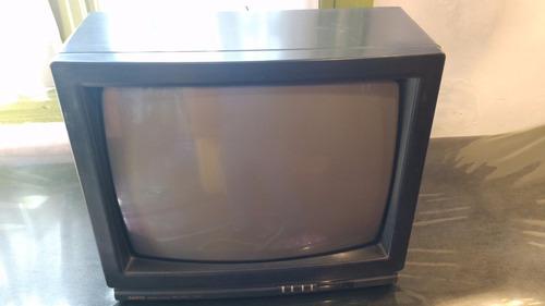 tv sanyo 21''  en buen estado y funcionando!!