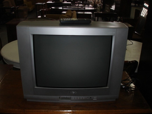 tv sanyo modelo c21lb25s , flamante con control
