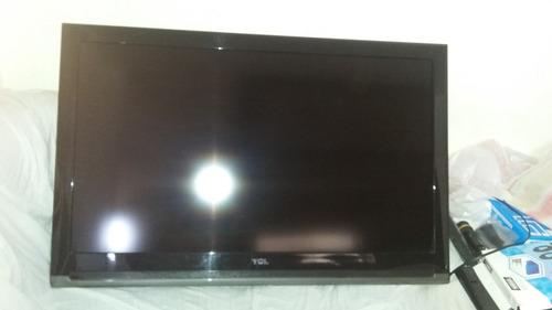 tv tcl 40  para respuesto o reparación