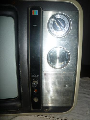 tv toshiba de 14  retro funciona