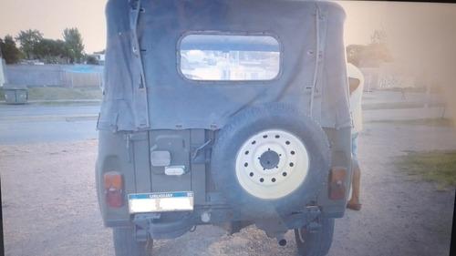 uaz modelo jeep, todo terreno 4x4, año 2002