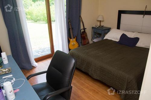 ubicación privilegiada y con siete dormitorios