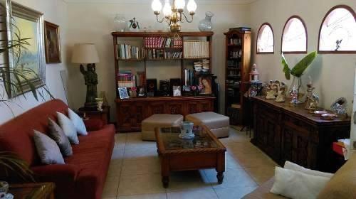 ubicadísima casa clásica en venta col. miraval