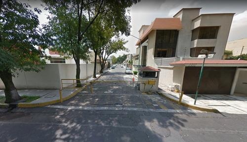 ubicadisima casa en paseos taxqueña
