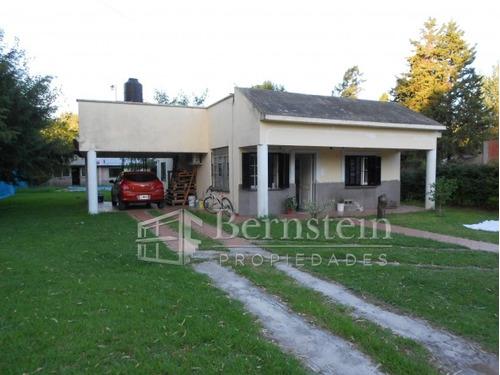 u$d 135.000 - casa en venta - reyles carlos     4800