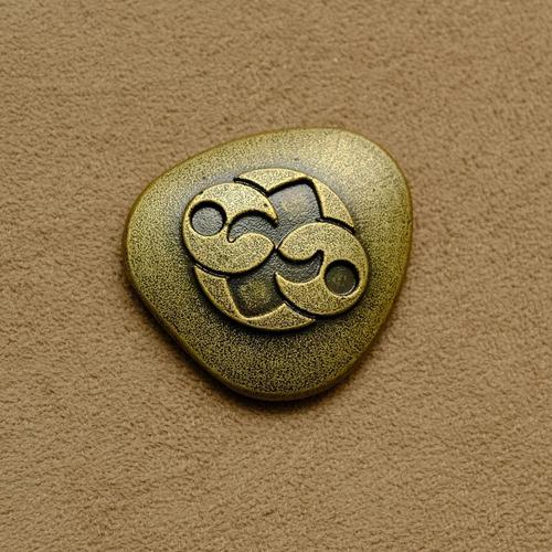 ufo pedra de roswell - réplica em aço