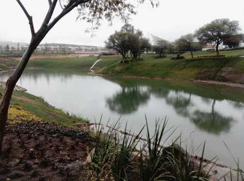 ugg exclusivo terreno residencial frente al lago