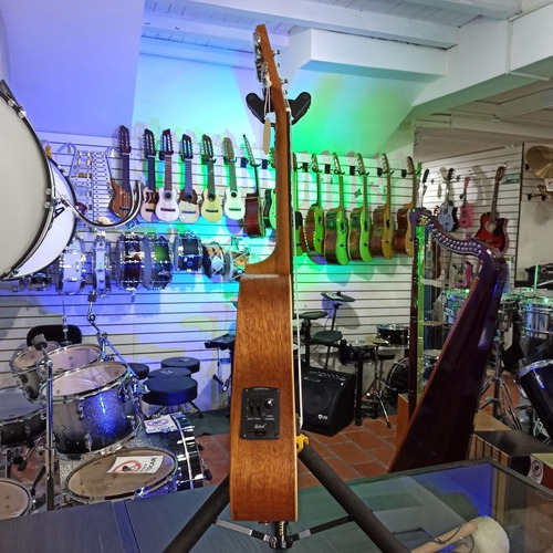 ukulele concert vozsaudio dc30eq
