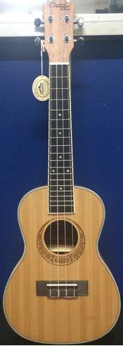 ukulele crusader concierto