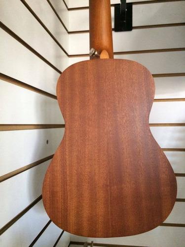 ukulele electroacústico conciert sevillana svuke500ec funda/