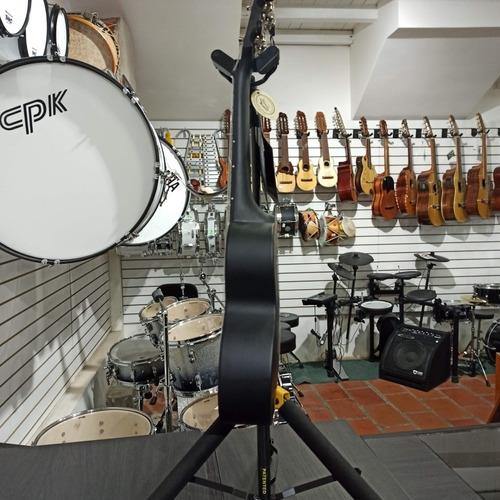 ukulele soprano ukadelic abs