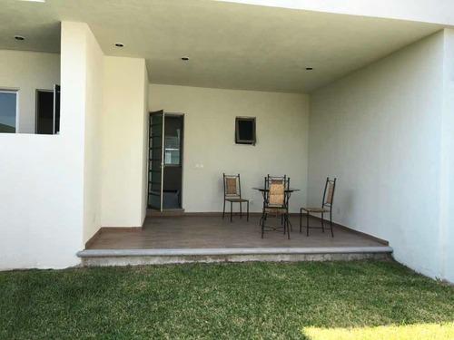 última casa sola con alberca en venta en burgos bugambilias