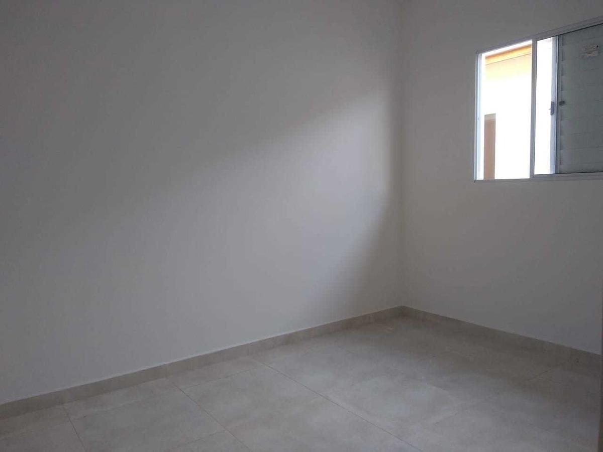 últimas unidades casa condomínio 2 dormitórios.  pg.
