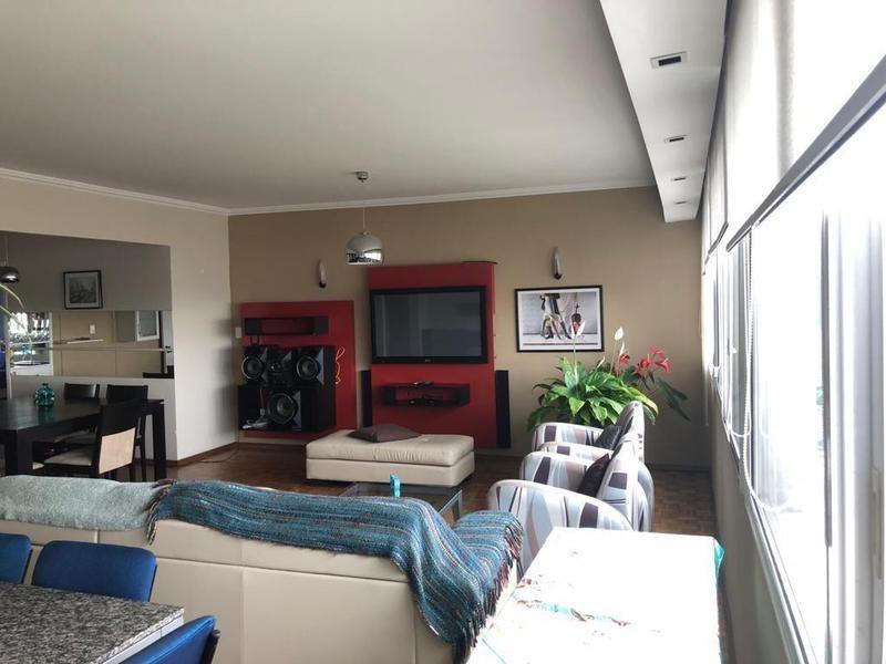 último piso. 3 dormitorios, vista panorámica.- garage