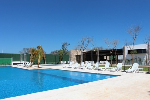 ultimos lotes residenciales en privada parque natura, casa club y amenidades.