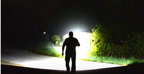 ultra potente linterna tactica led cree zoom recargable