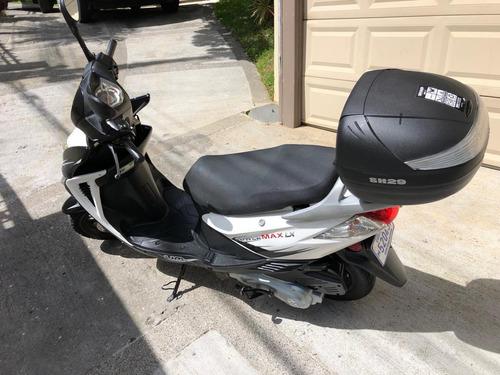 um power max gp 125 moto scooter 2016