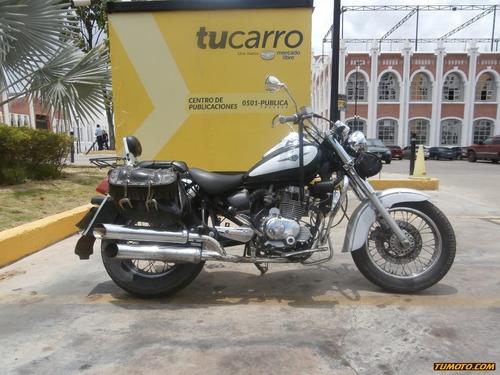 um um cruise 126 cc - 250 cc