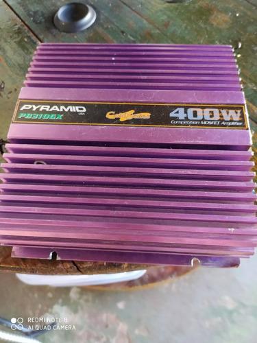 uma caixa de grave de 12 outro de 8 um modelo de 280 v outra