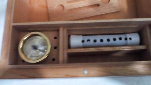 umidor p/ 48 charutos corona preto c/tampa de vidro 1