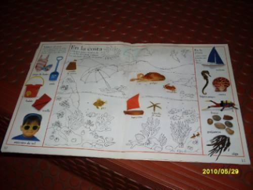 un libro: palabras con estickers - de 6 a 10 años