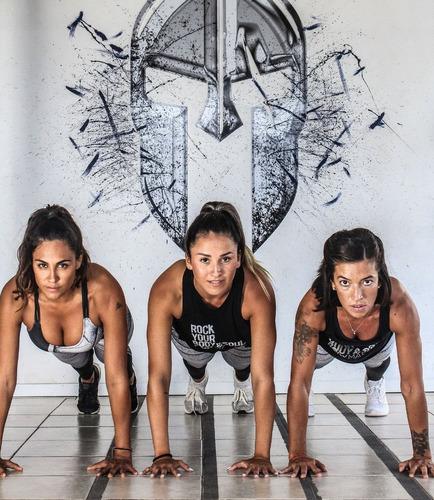 un mes de entrenamiento online en vivo con tu propio peso