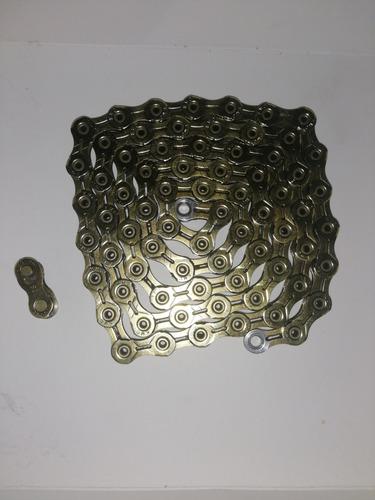 un metro de cadena kmc sxl para bicicleta con su seguro