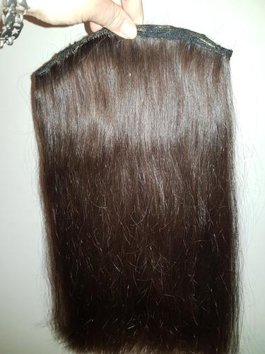 una cortina de cabello natural