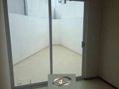 una planta, juriquilla privada. 3 recámaras, 2.5 baños linda