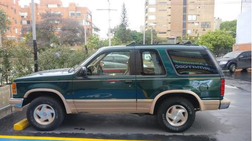 única ford explorer - 3p - eddie bauer - importada.
